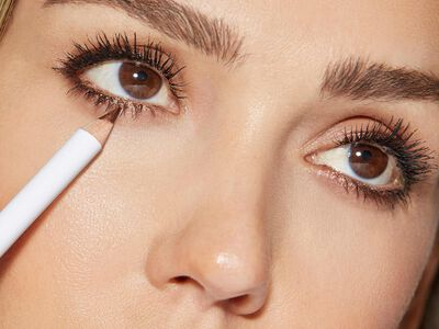 How to Choose Your Eyeliner: Pencil vs Liquid Eyeliner