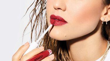 Jessica Alba wearing the LOVE shade of Liquid Lipstick
