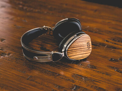 Friday Finds: LSTN Wood Headphones