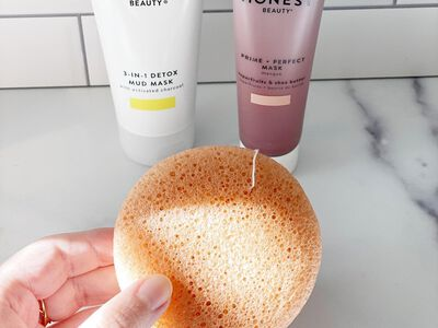 How to Use a Konjac Sponge