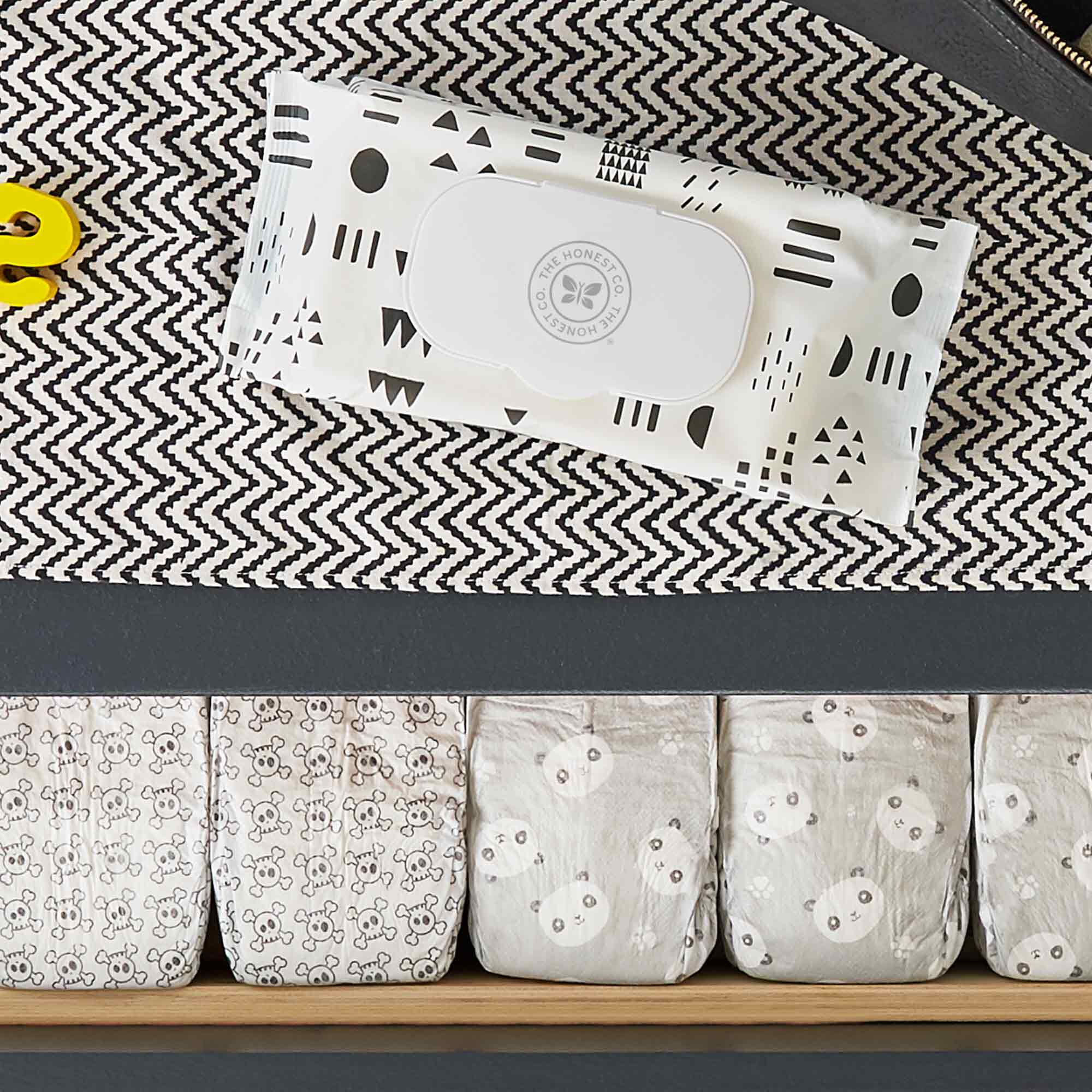 pattern play wipes on dresser