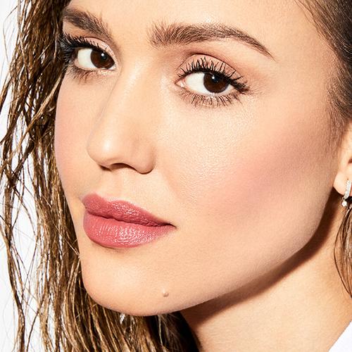 Jessica Alba with contoured cheek