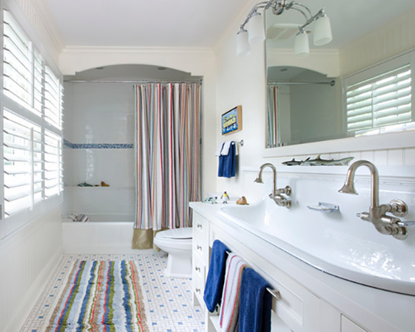 10 Ways to Make Your Bathroom More Family-Friendly
